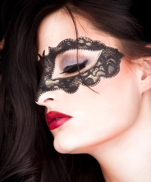 Znalezione obrazy dla zapytania inspiracje makijaż karnawałowy